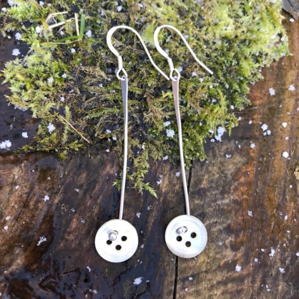 Earrings - E11 - Silver and mother of pearl button earrings